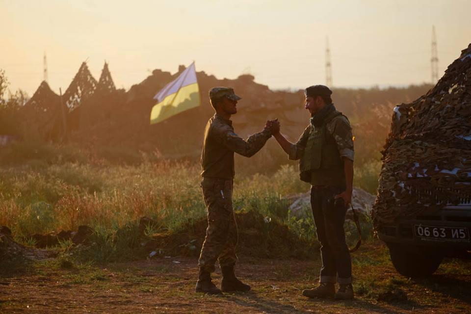 Про дружбу (Віктор гурняк праворуч). Фото надане Петром Задорожним